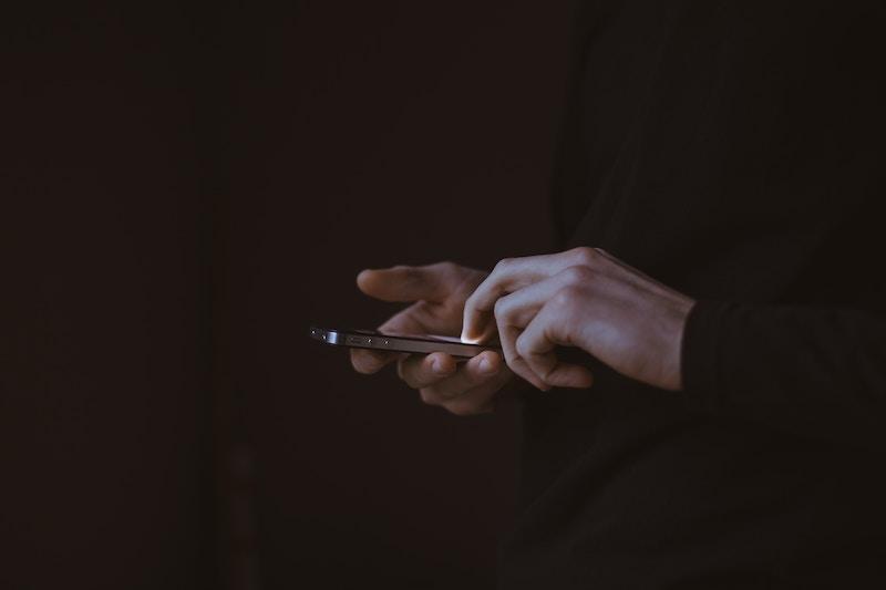 Kako automatski blokirati nepoznat poziv na iPhonu